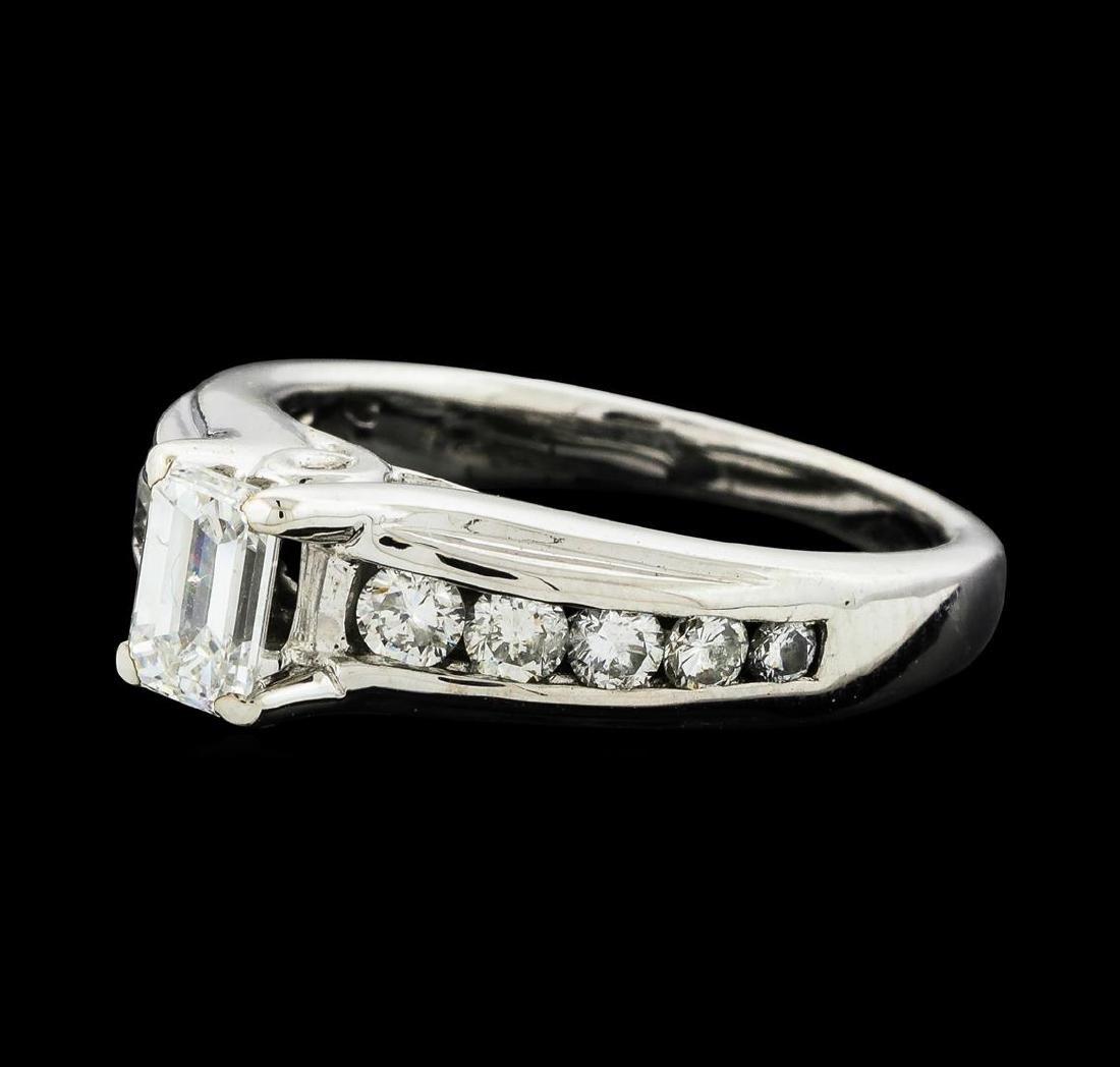 14KT White Gold 1.01ctw Diamond Ring