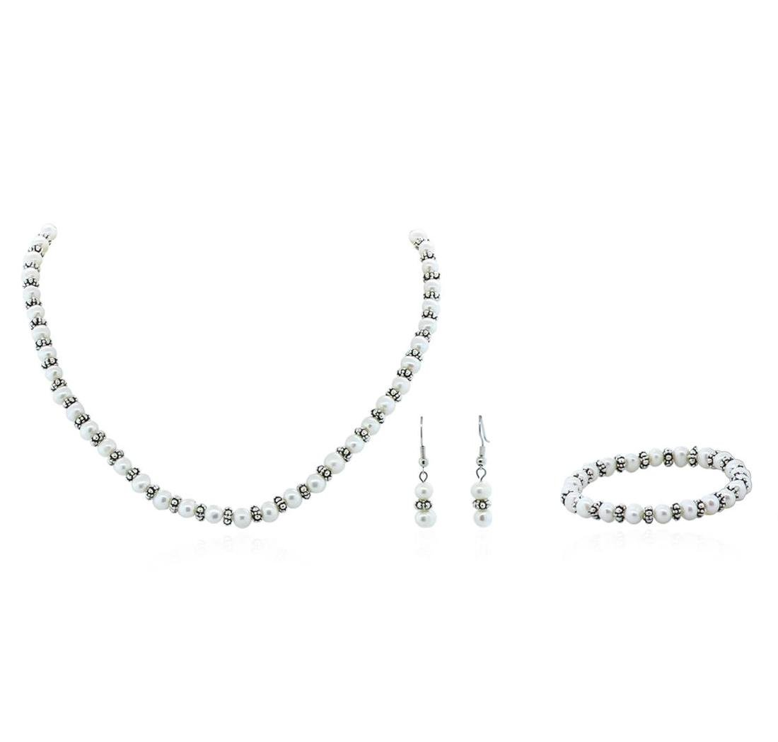 Cultured White Pearl Necklace, Bracelet and Earring Set