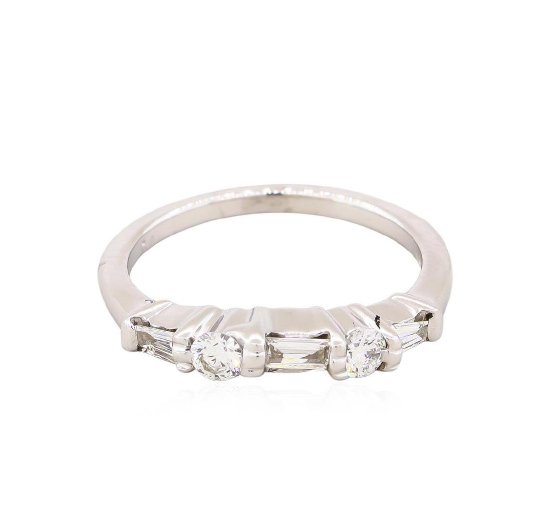 14KT White Gold 0.35ctw Round and Baguette Cut Diamond