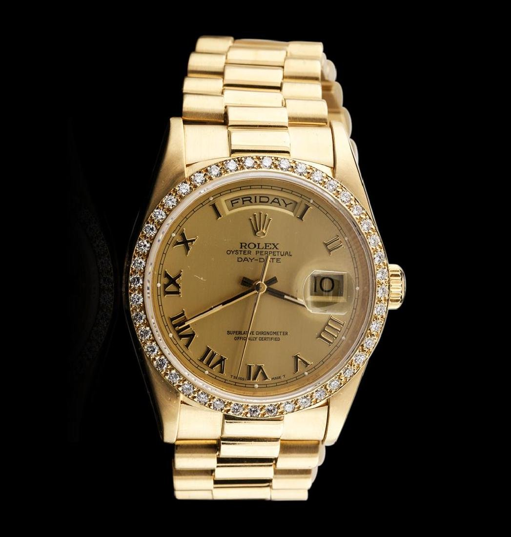 Men's 18KT Yellow Gold Rolex Diamond DayDate Watch