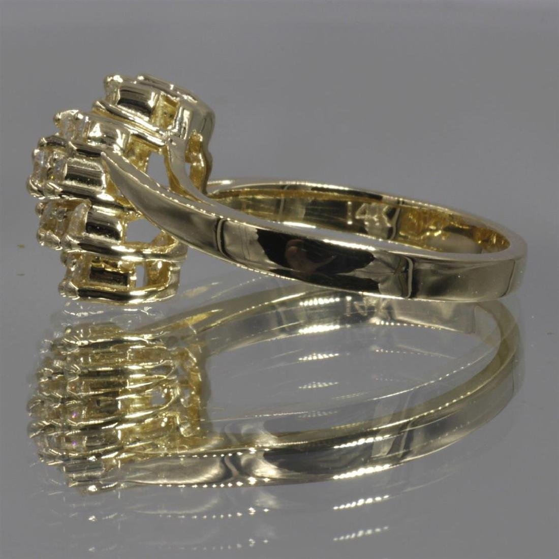 14KT Yellow Gold 0.64 ctw Diamond Cluster Ring - 5