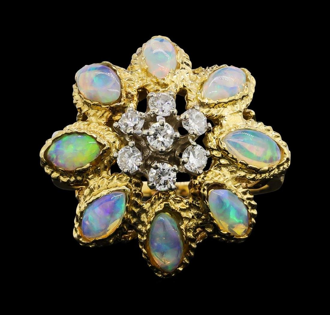18KT Yellow Gold 2.00 ctw Opal and Diamond Ring