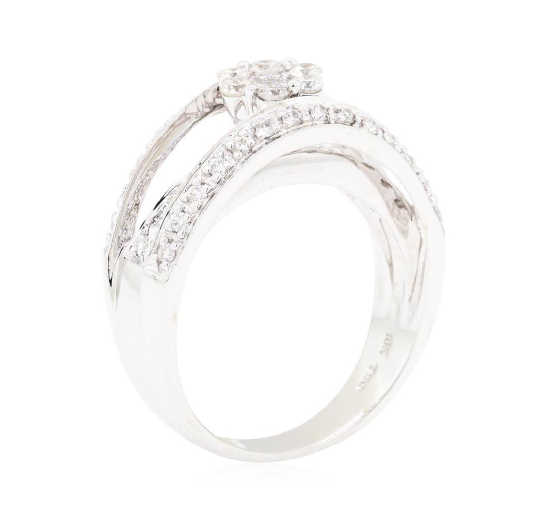18KT White Gold 0.75 ctw Diamond Ring - 4