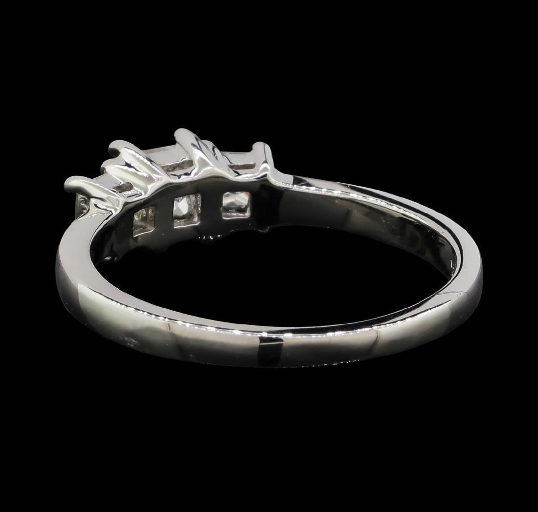 14KT White Gold 0.50 ctw Diamond Ring - 3