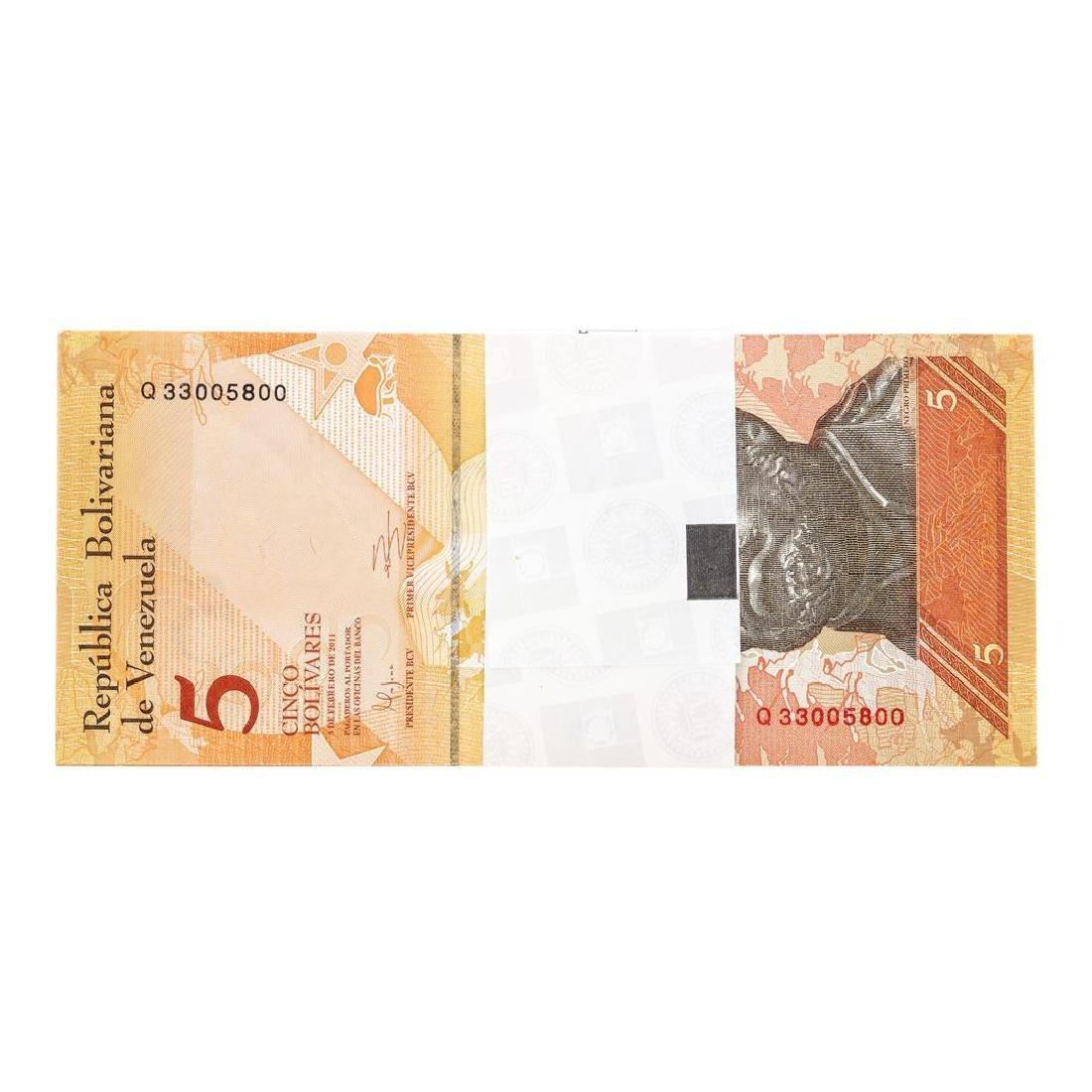 Pack of (100) Consecutive Venezuela 5 Bolivares