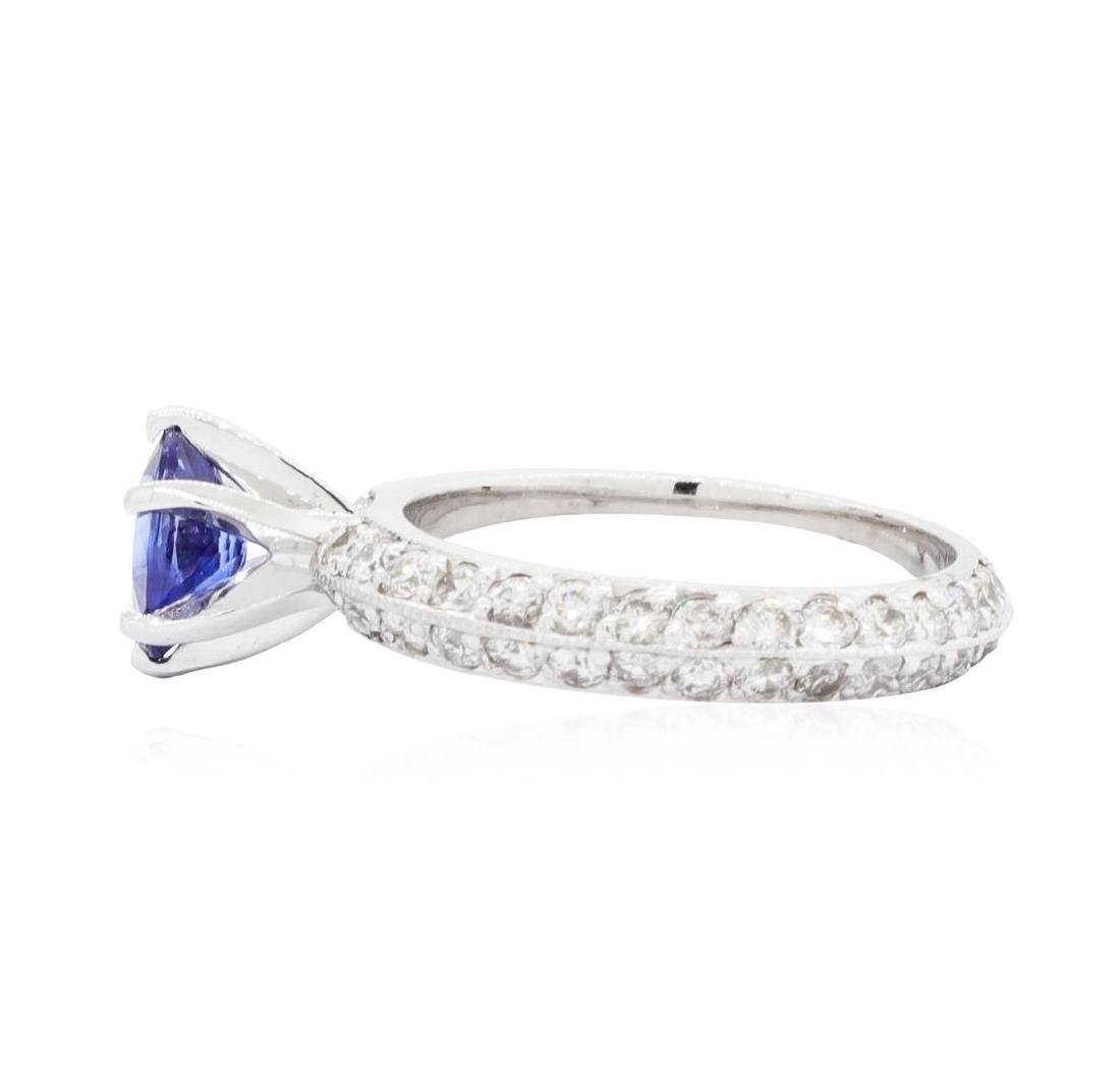 14KT White Gold 0.94 ctw Sapphire and Diamond Ring - 3