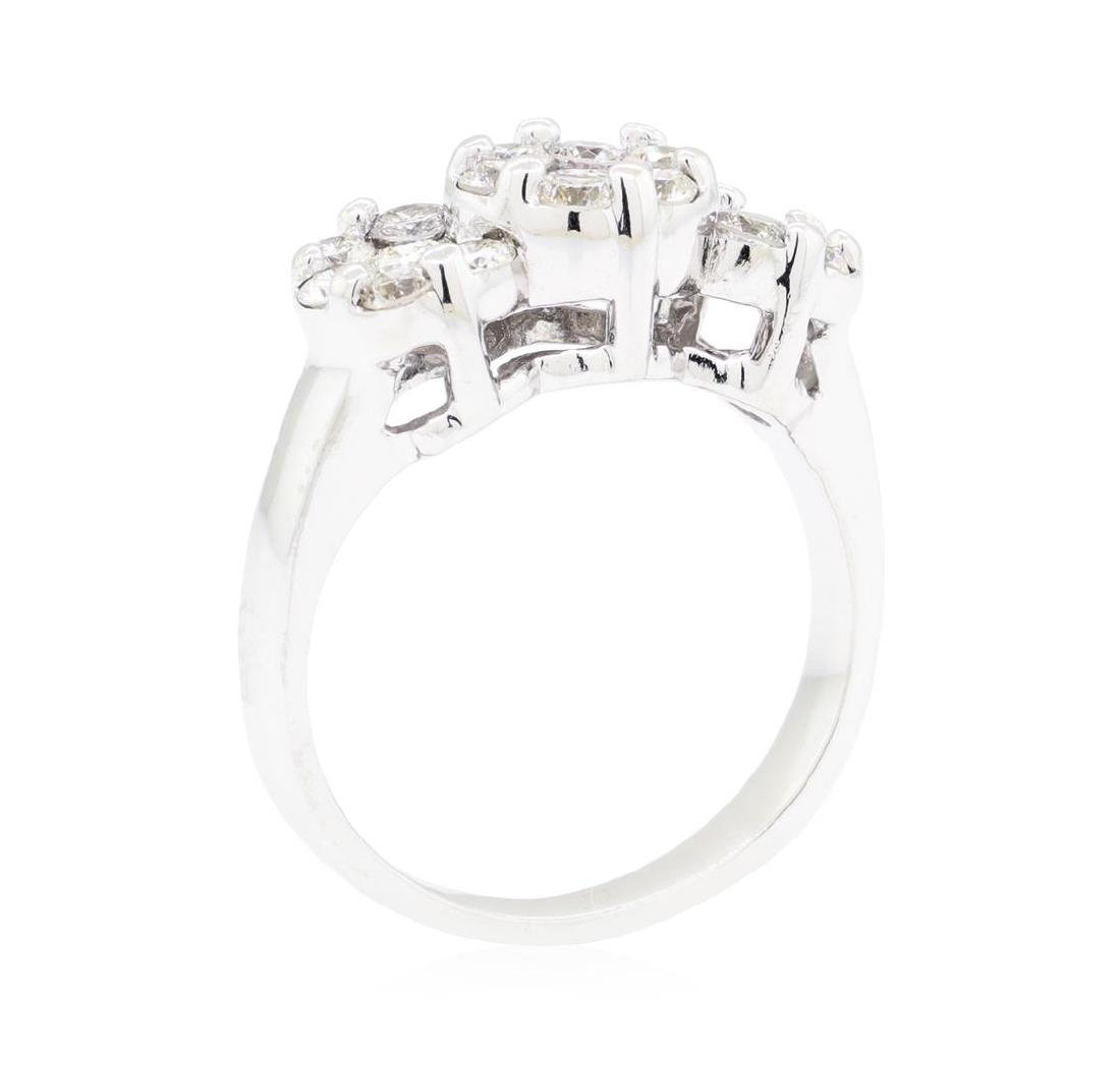 14KT White Gold 1.10 ctw Diamond Ring - 4
