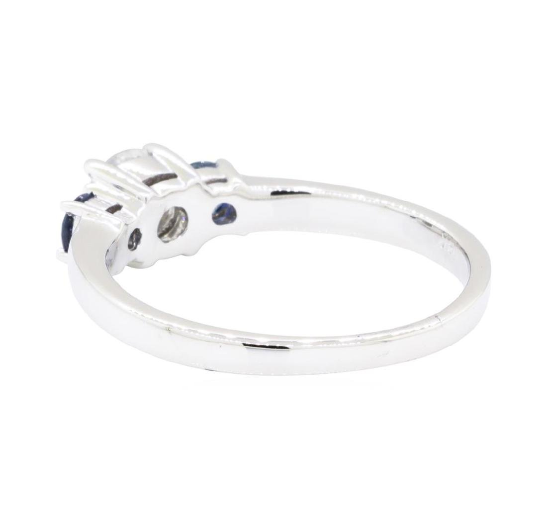 14KT White Gold 0.32 ctw Sapphire and Diamond Ring - 3