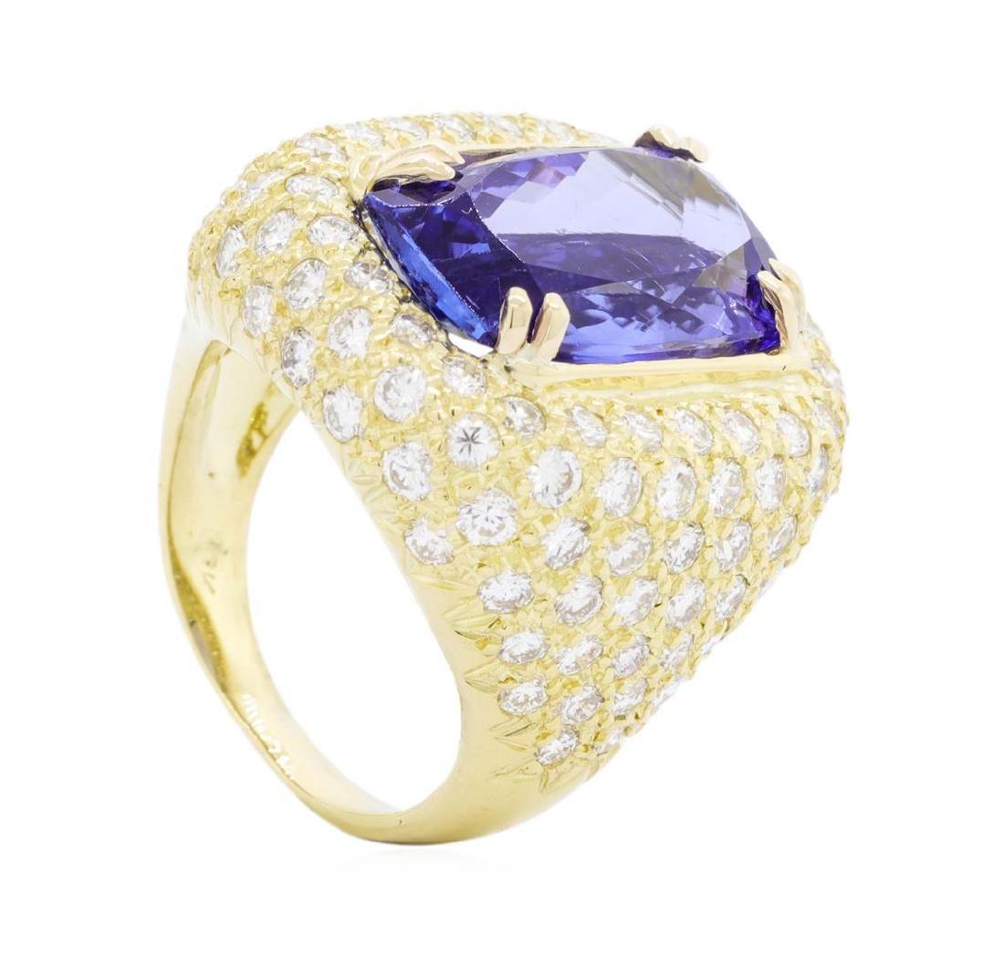 18KT Yellow Gold 9.83 ctw Tanzanite and Diamond Ring - 4