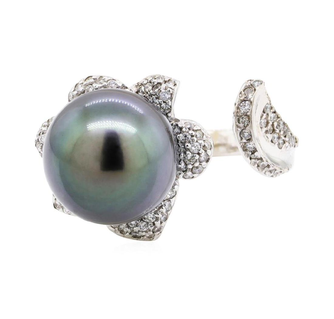 18KT White Gold 0.46 ctw Diamond and Tahitian Pearl - 2