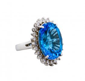 14kt White Gold 15.00ct Blue Topaz And Diamond Ring