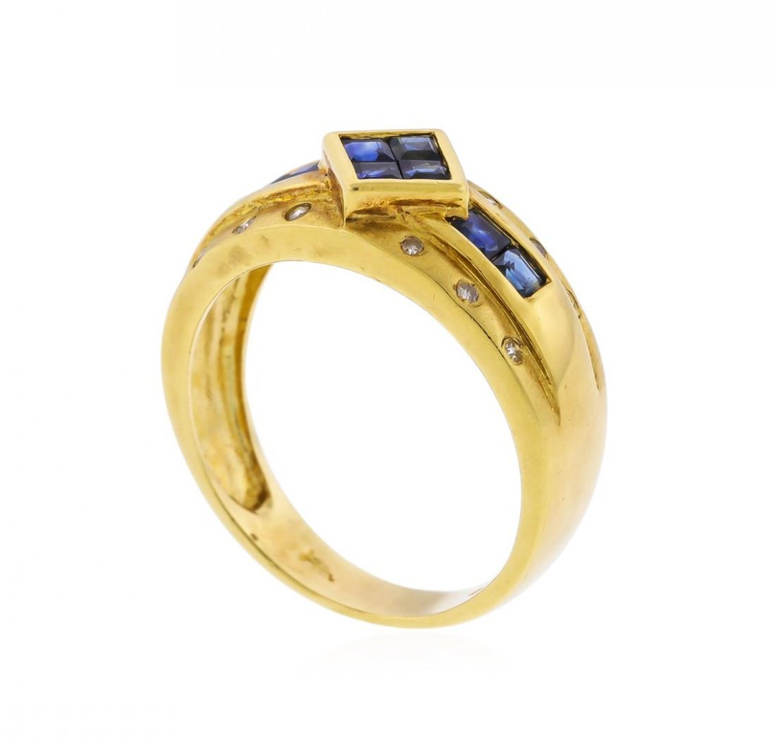 14KT Yellow Gold 0.72ct. Blue Sapphire and Diamond Ring - 3
