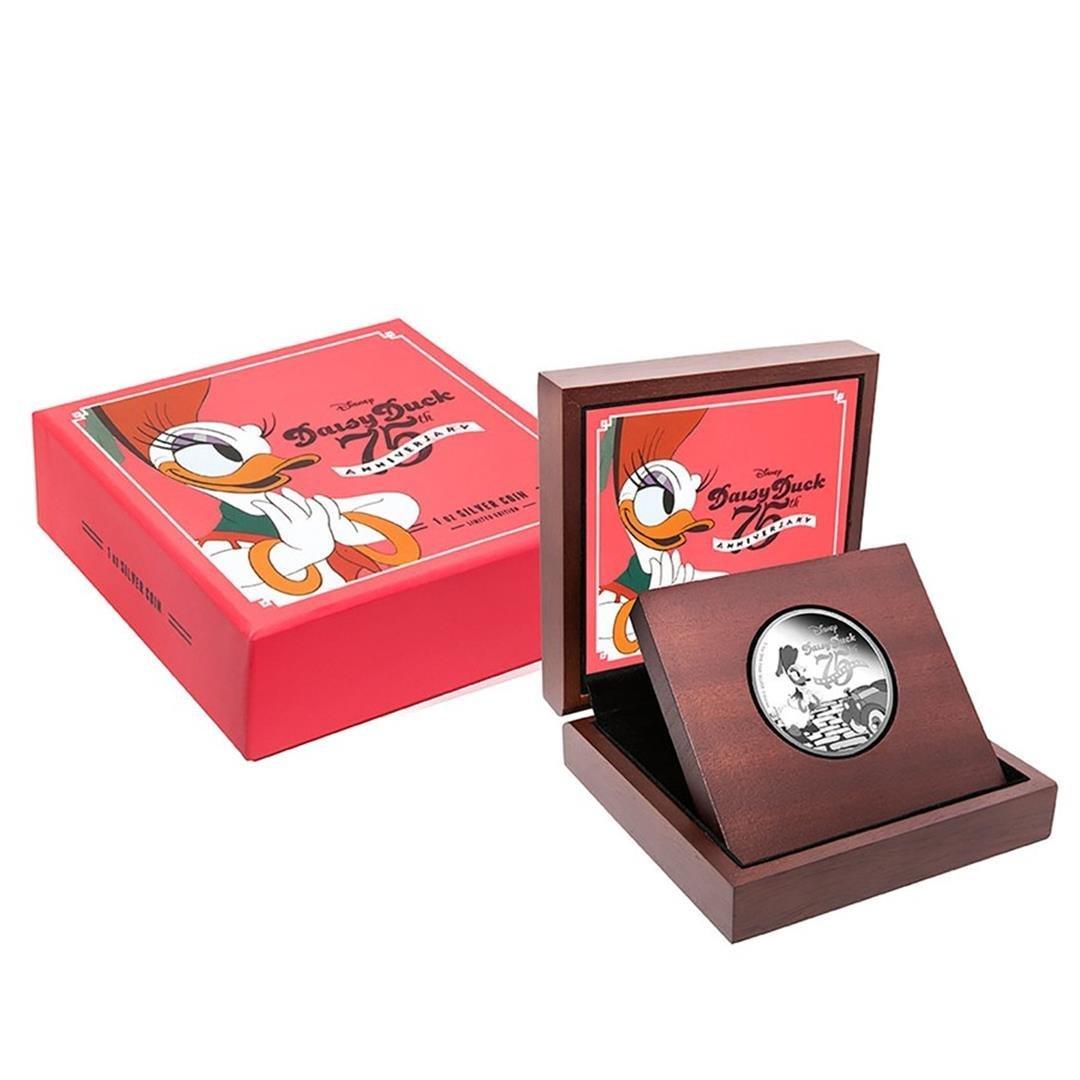 2015 $2 Disney Daisy Duck .999 Fine Silver Proof Coin - 3
