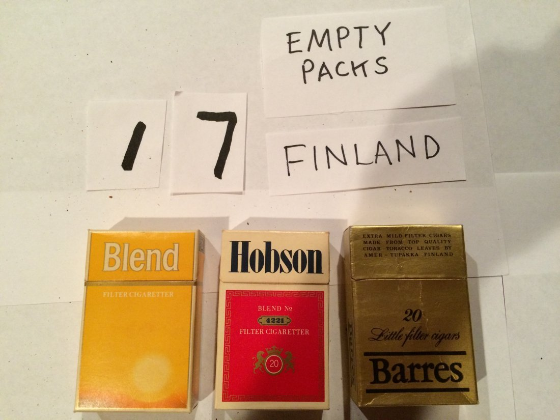 Barres Hobson Blend 3 empty cigarette boxes FINLAND