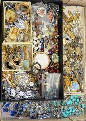 50+pc RELIGIOUS JEWELRY LOT - Includes rosaries,