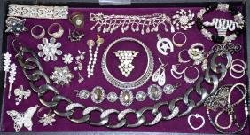 ASSORTED RHINESTONE COSTUME JEWELRY - Including rings,