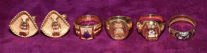 A COLLECTION OF 14K GOLD MASONIC ITEMS Consisting of
