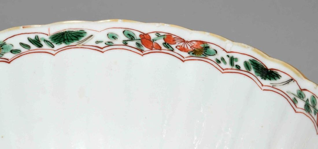 CHINESE PORCELAIN FAMILLE VERTE BOWL. Kangxi period, - 4