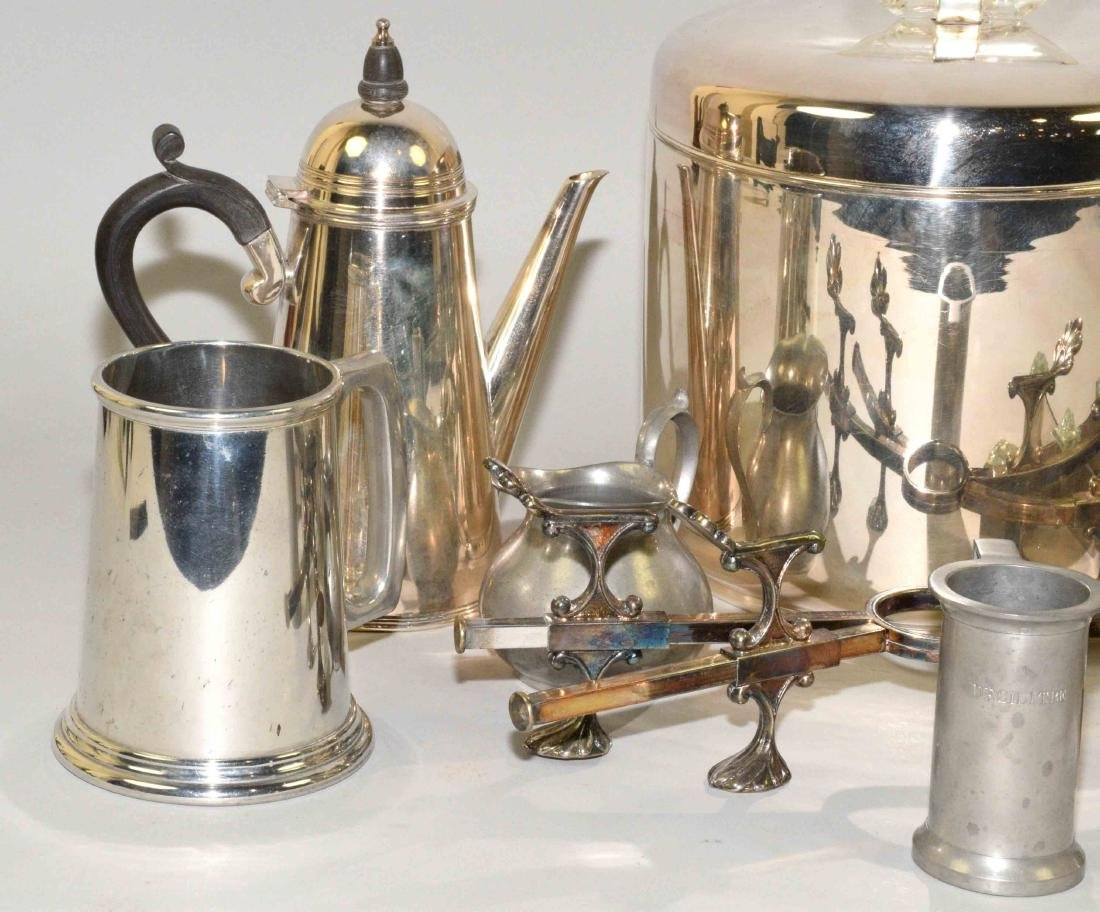 GROUP OF (8) SILVERPLATE AND PEWTER OBJECTS. - 2