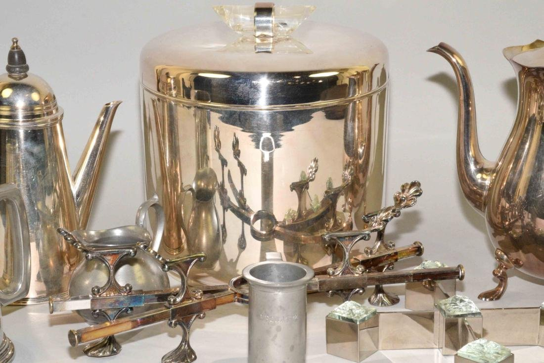 GROUP OF (8) SILVERPLATE AND PEWTER OBJECTS. - 3