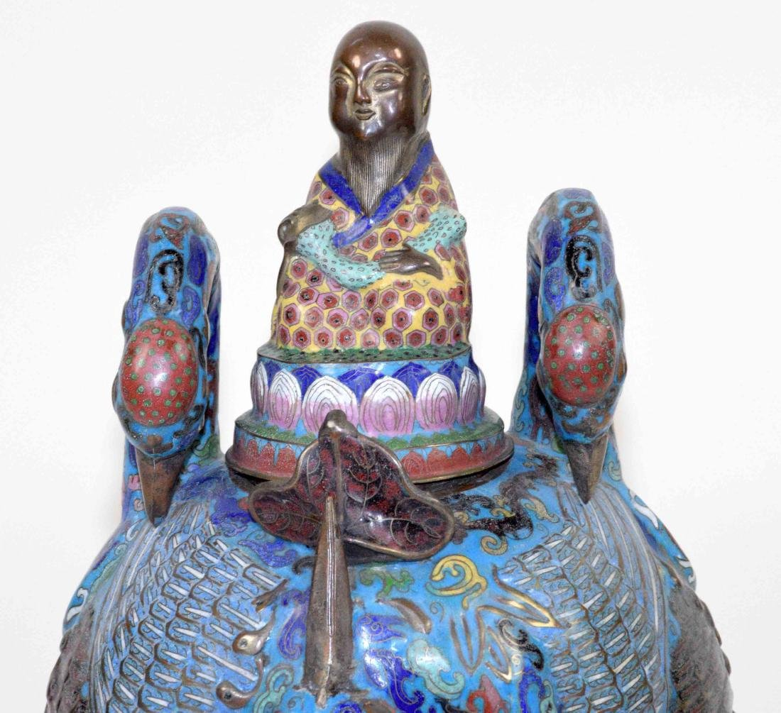 LARGE CHINESE CLOISONNE FIGURE OF A BIRD WITH THE LID - 2