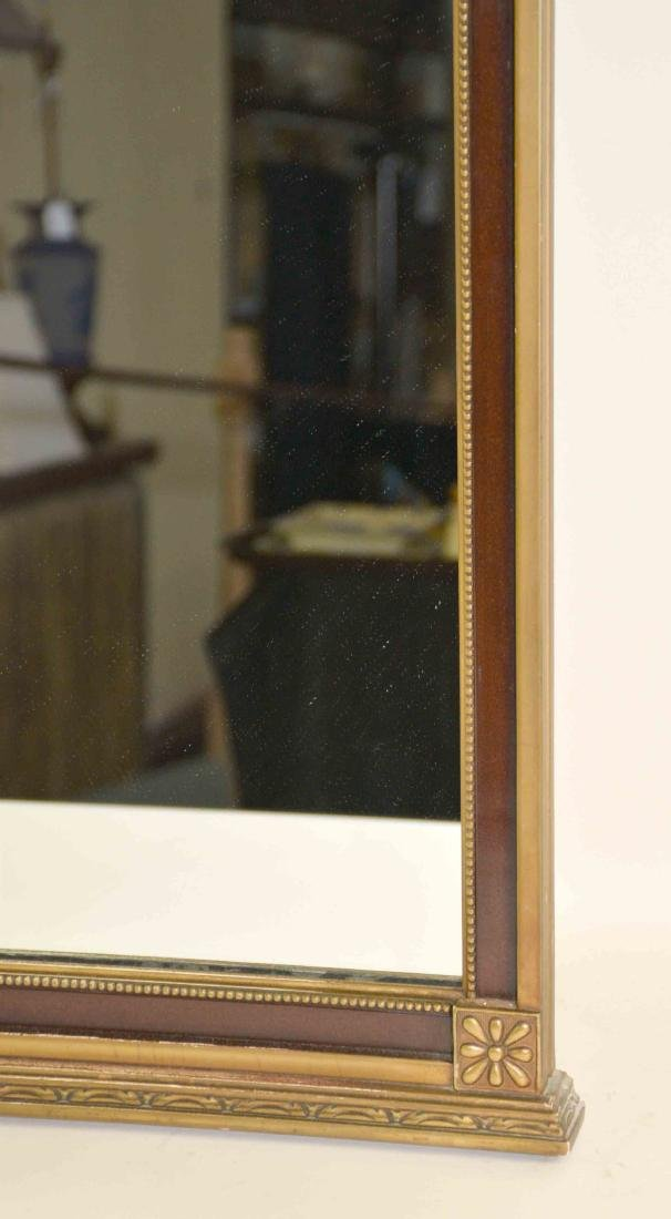 CLASSICAL MIRROR WITH URN WITH FLOWERS ON TOP. - 4
