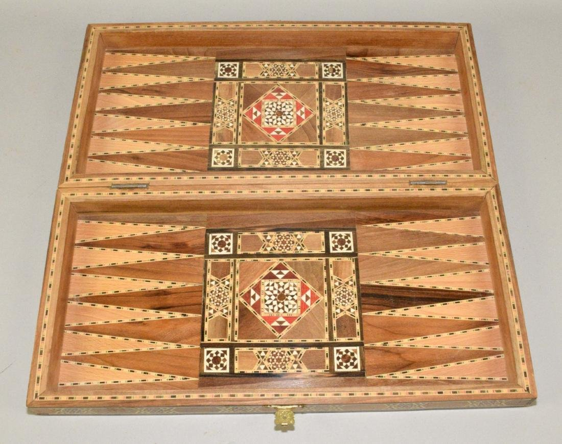 EXQUISITE BACKGAMMON AND CHESS BOARD. 18.5''L x - 2