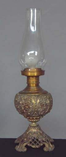 ROCOCO STYLE ELEC. LAMP. Electric lamp with oil l