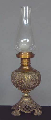 1012: ROCOCO STYLE ELEC. LAMP. Electric lamp with oil l
