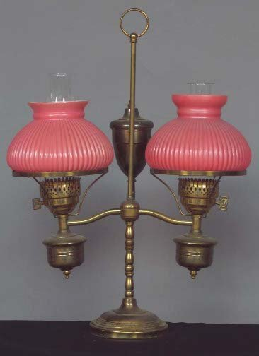 1014: ELECTRIC STUDENT OIL LAMP. Brass lamp base with t