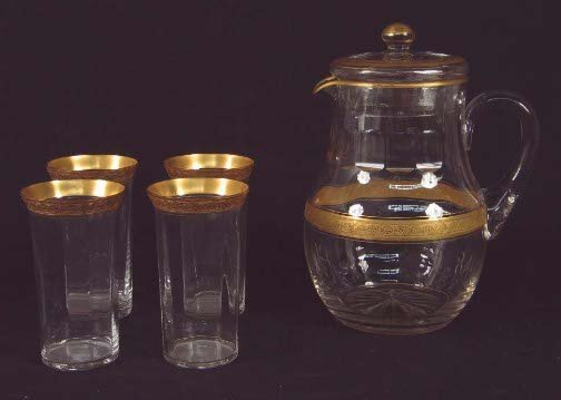 1023: LEMONADE SET. Clear glass pitcher with lid, bands