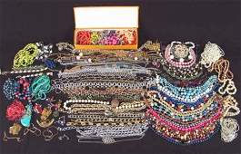 1499: ASSORTED COSTUME JEWELRY. Lot consists of numerou