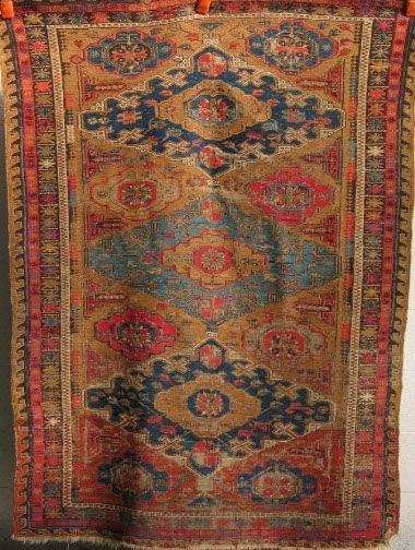 1465: KIRMAN CARPET 1930's Kirman carpet, cream field w