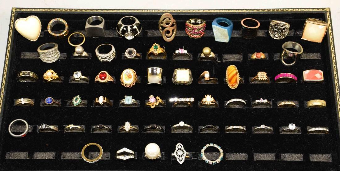 0VER 35 MISCELLANEOUS COCKTAIL RINGS , ALL DIFFERENT