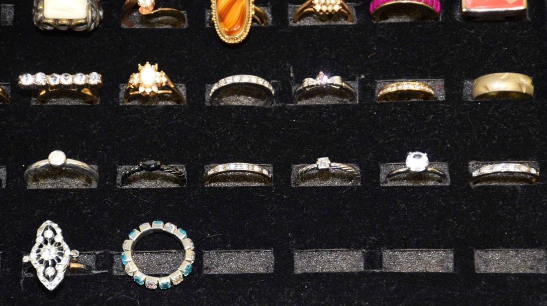 0VER 35 MISCELLANEOUS COCKTAIL RINGS , ALL DIFFERENT - 5