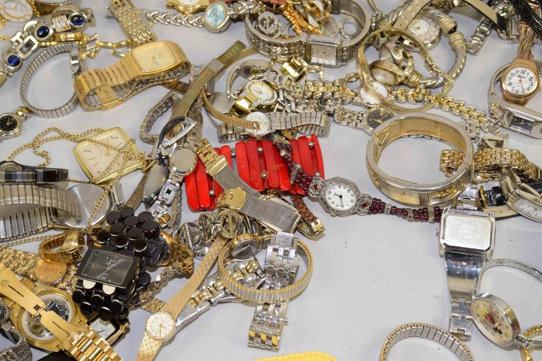 BIN OF ASSORTED LADIES AND MENS WATCHES. - 6