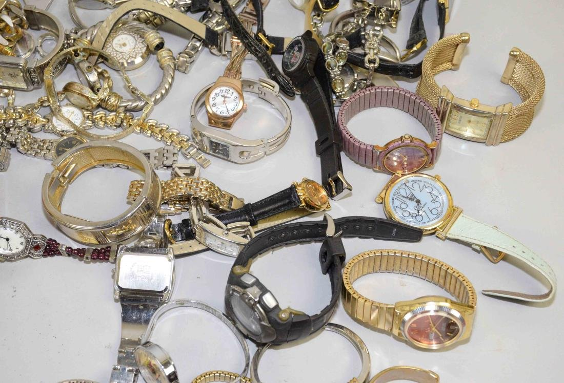 BIN OF ASSORTED LADIES AND MENS WATCHES. - 7