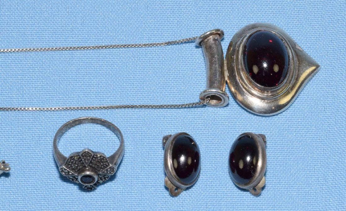 (6) MISC. STERLING AND GARNET JEWELRY LOT, all marked - 2