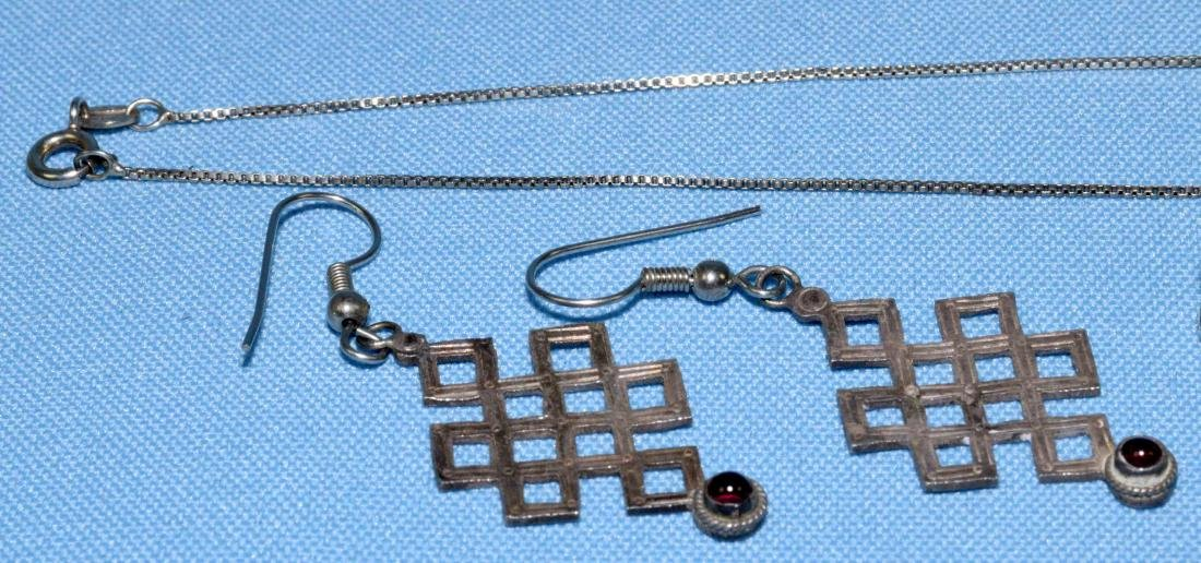 (6) MISC. STERLING AND GARNET JEWELRY LOT, all marked - 4
