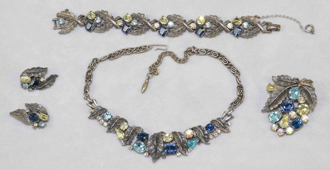 (4) PIECE VINTAGE ''CORO'' CRYSTAL COSTUME JEWELRY SET.