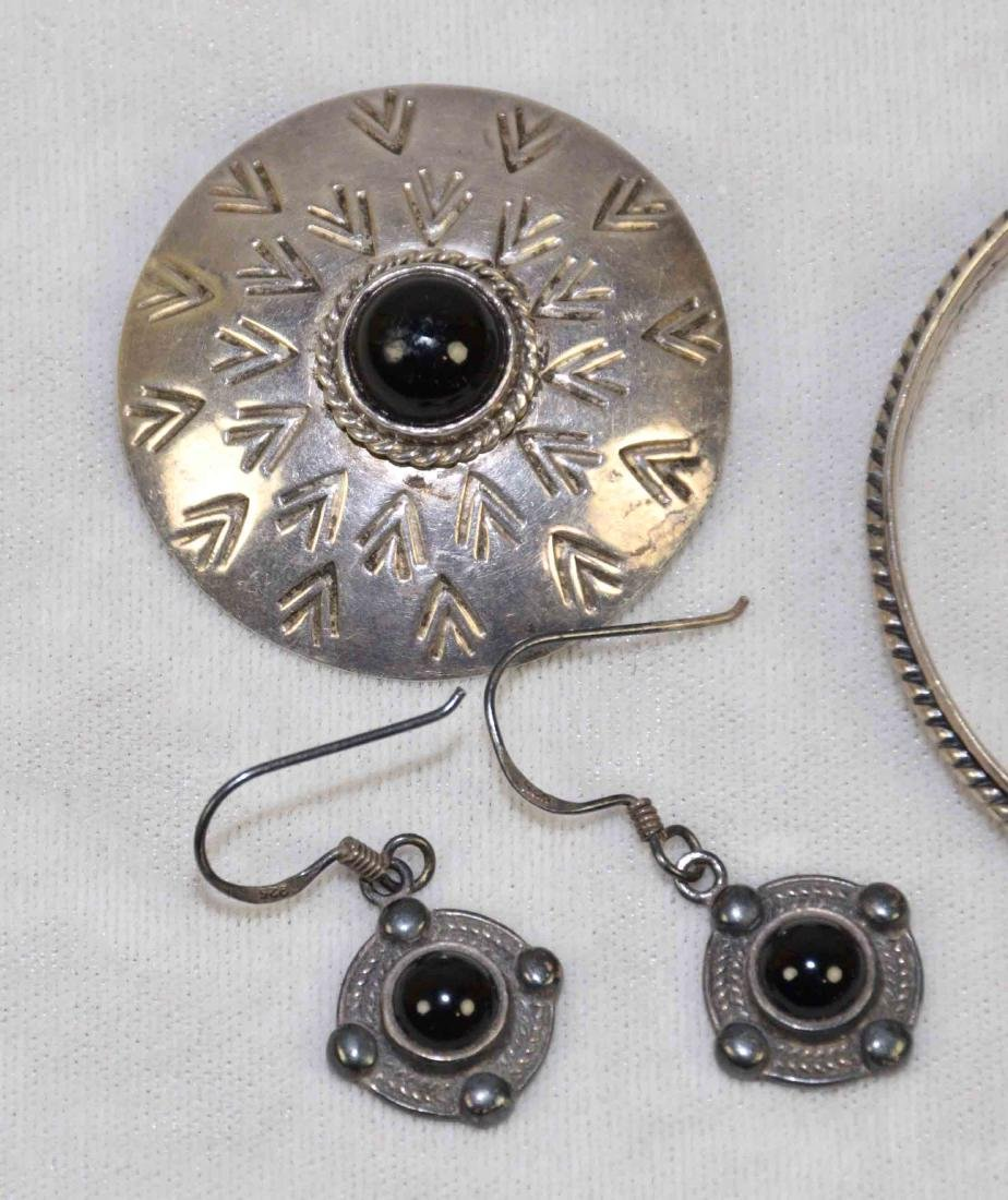 (7) PCS. STERLING, ONYX AND MOTHER OF PEARL JEWELRY. - 2