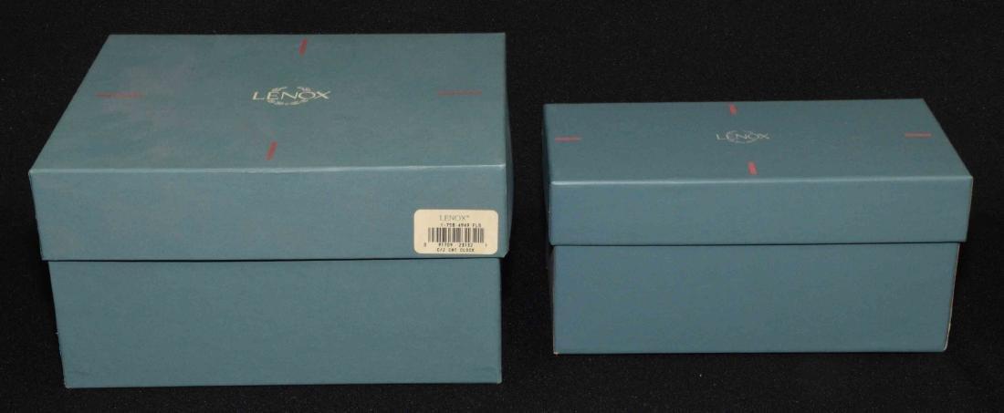 (2) LENOX CHINA JEWELS CAT FIGURINES: Cat quartz clock - 5