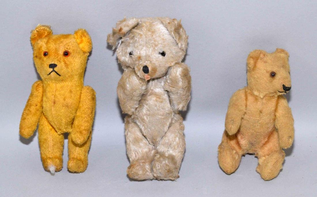 (3) VINTAGE MINIATURE STUFFED TOY BEARS, possibly