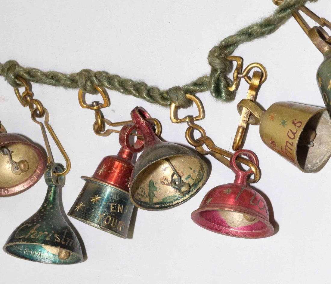 VINTAGE CHRISTMAS GREETING BELL GARLAND, colors red, - 4