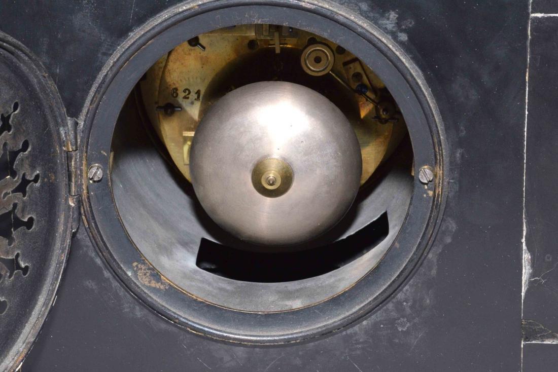 MARBLE MANTEL CLOCK. 8.5''H x 11.5''W. - 6