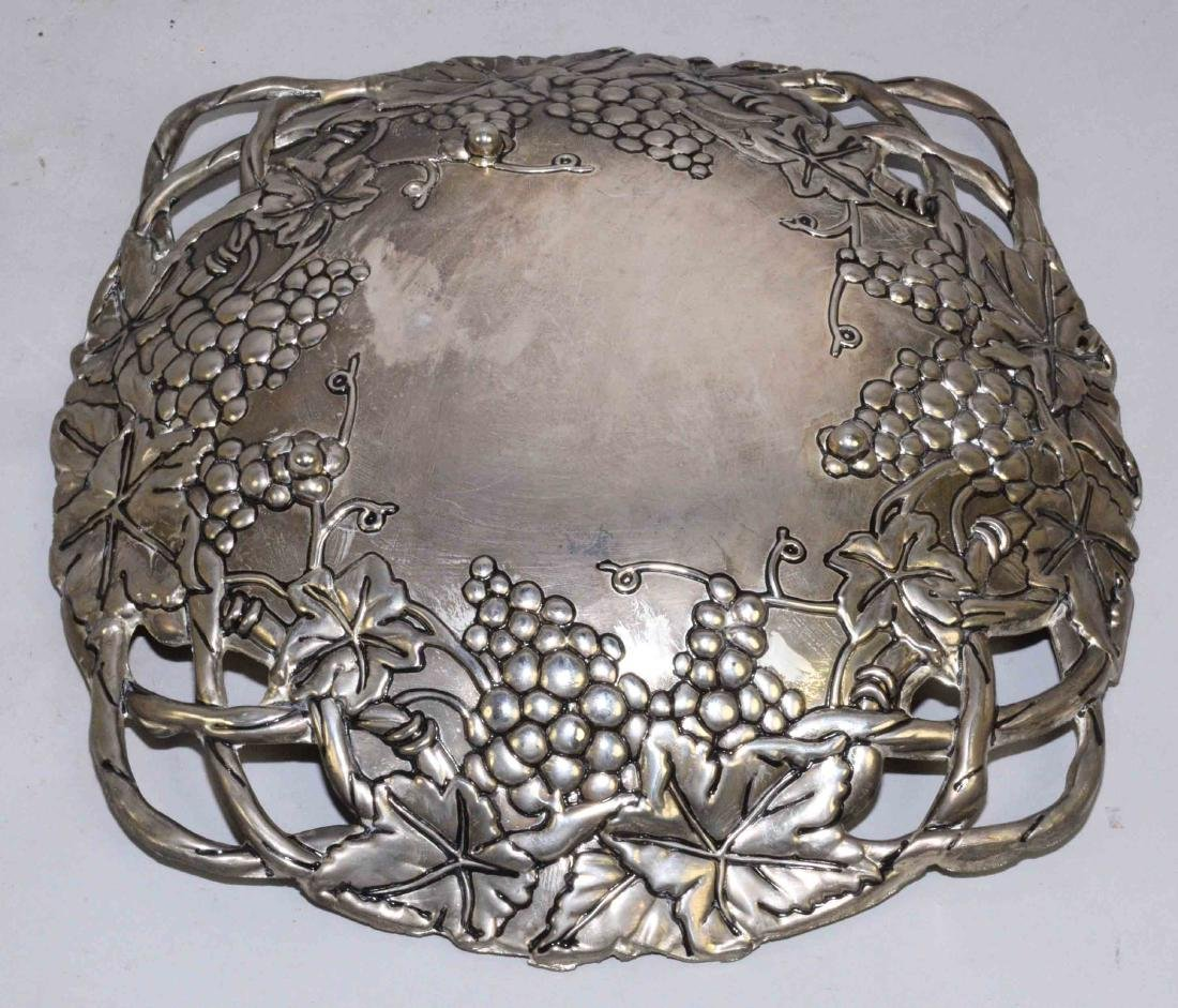 PEWTER BOWL AND WENDELL AUGUST FORGE COASTER. Largest: - 4