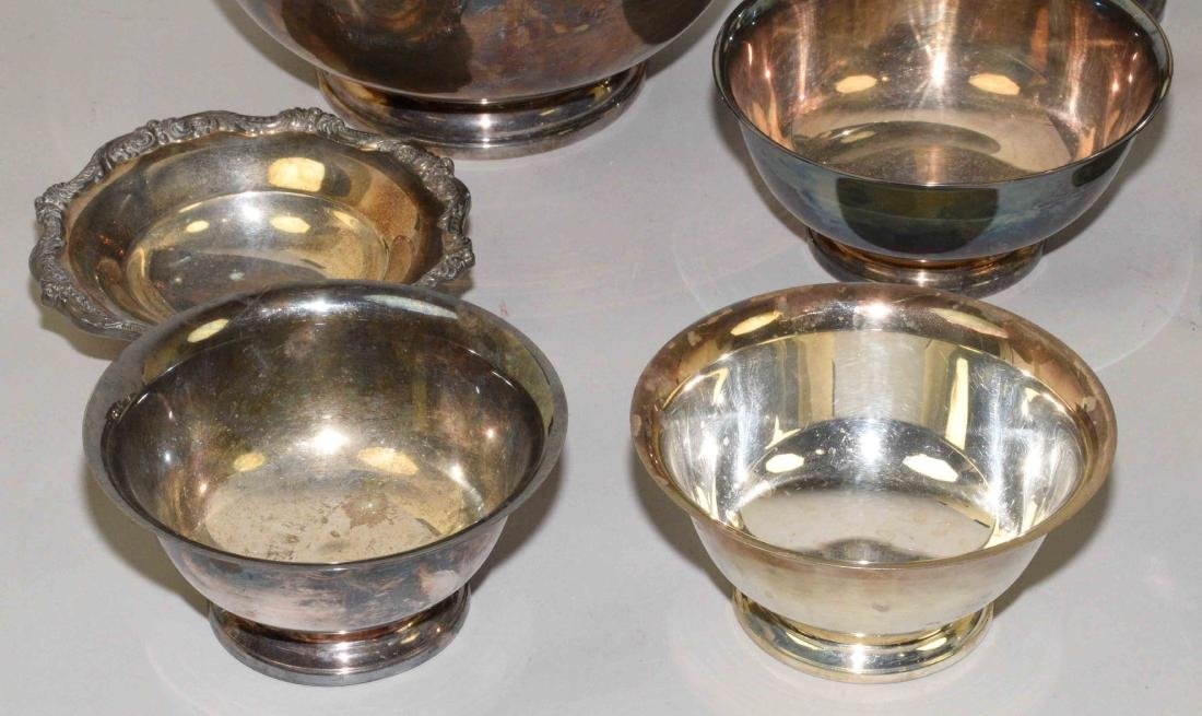 (13) PC SILVERPLATE AND PEWTER LOT. Includes: trophy - 3
