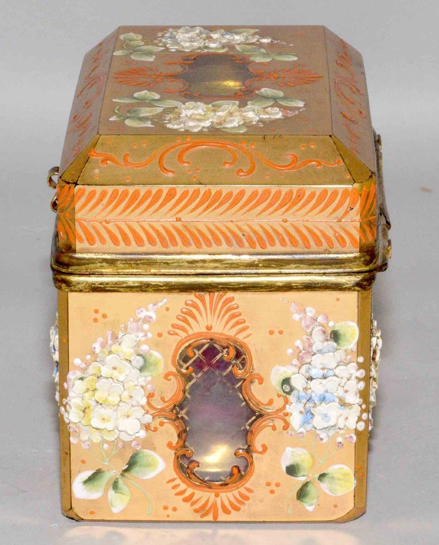 ANTIQUE PAINTED CRYSTAL BOX WITH APPLIED FLOWERS, - 3