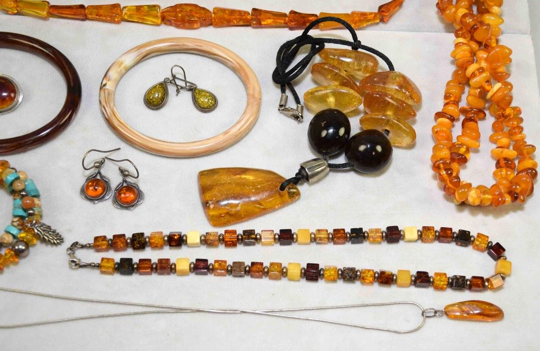 OVER (10) PCS. OF AMBER COSTUME JEWELRY. Includes: - 3