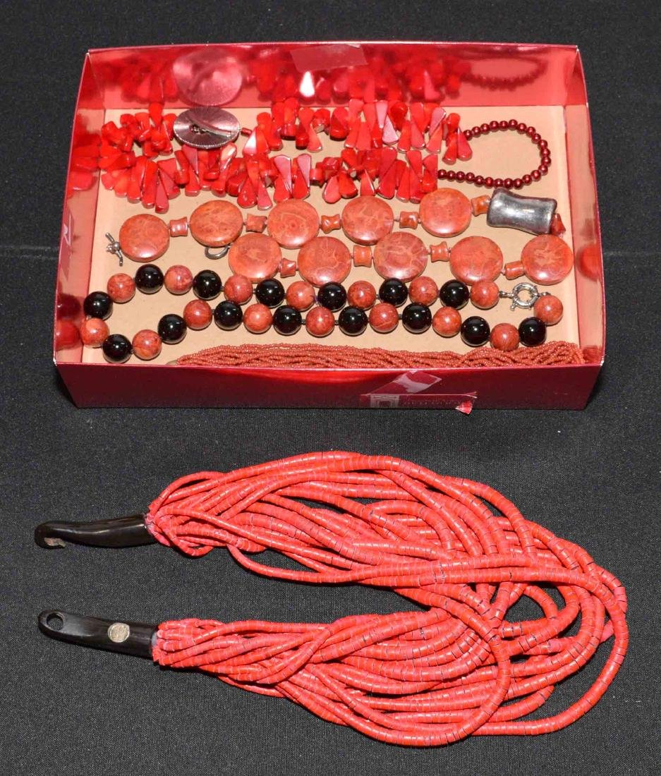 (5) ASST. NECKLACES IN CORAL, NATURAL OR RESIN